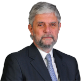 Martín Campbell